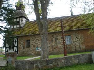 Kirche Naseband, Seitenansicht, Mai 2010